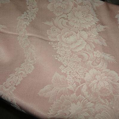 Soft Pink Rose Pattern Table Cloth, Easter Tablecloth - 72