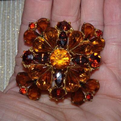 Fabulous Amber & Orange Tone Rhinestone Brooch