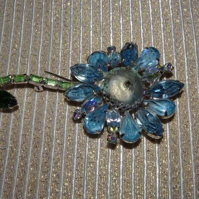Spring Time Blue Rhinestone Flower Brooch