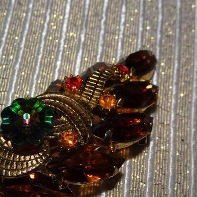Gold Tone Amber & Orange Rhinestone Leaf Brooch