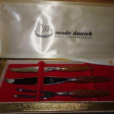 Mode Danish MCM Teak Handles Cutlery