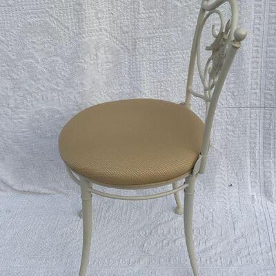 Vintage Metal Hollywood Regency Dressing/Vanity Room Chair with pair of doves YD#020-1220-00018