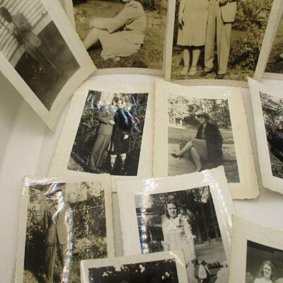 Lot 29 - 1941 Black and White Photos