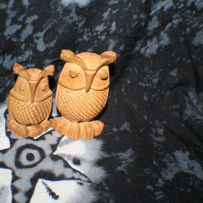 Wooden Owl Figurines