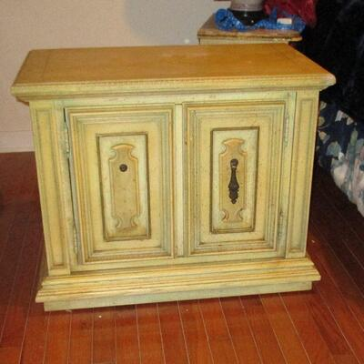 Lot 6 - Stanley Furniture Nightstand LOCAL PICKUP ONLY