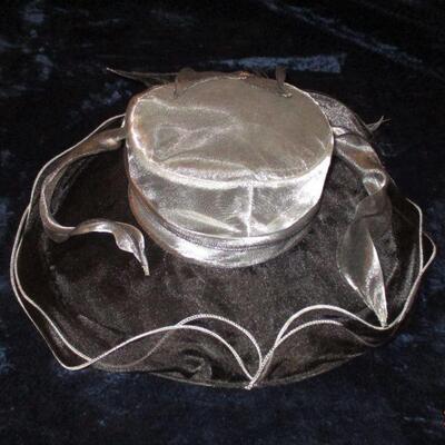 Lot 10 - Black and Gray Ladies Hat