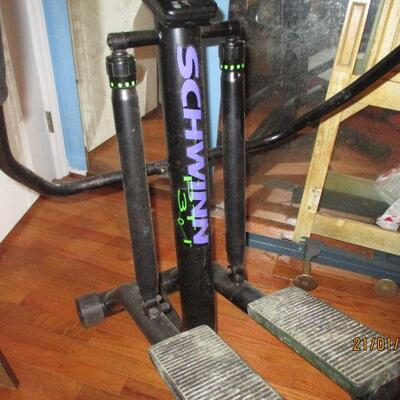 Lot 14 - Schwinn PT301 Personal Trainer LOCAL PICKUP ONLY