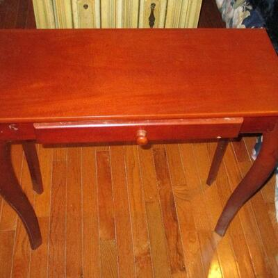 Lot 15 - Wood Side Table with Drawer LOCAL PICKUP ONLY