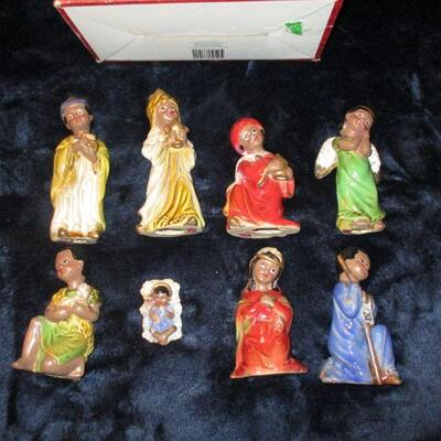 Lot 20 - Kirklands Ceramic Child Nativity