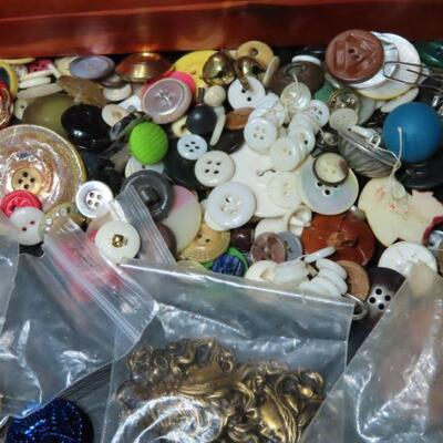 Box of vintage buttons