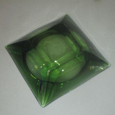 Lot 17 - Avocado Green Glass Cigar Ashtray