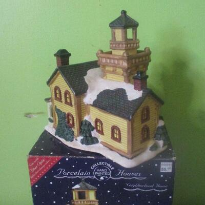 Lot 20 - Ceramic Neighborhood House