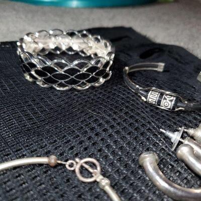 Costume Jewelry Lot (#12) - 14 items - 2 Necklaces, 3 Bracelets, 8 pr of Earrings, 1 Pendant -  Silvertone Black White