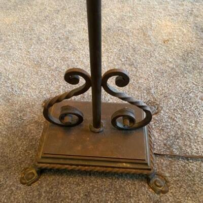 122 Antique Arts and Crafts Wrought Iron Floor Lamp