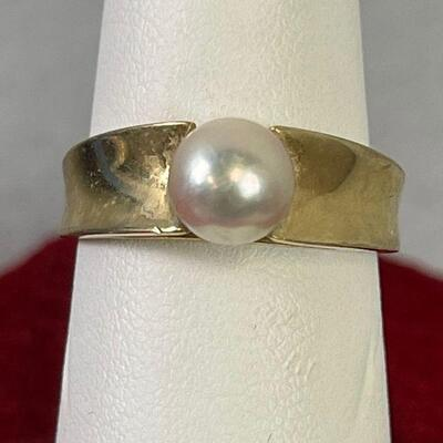 #4  Gold Pearl Ring 14K Marked