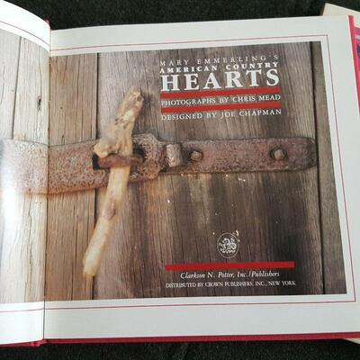 Mary Emmerling's Country Hearts Book
