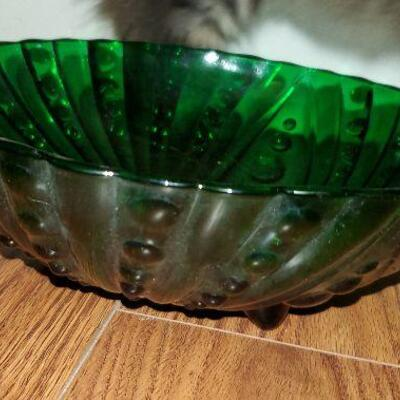 Vintage Forest Green Anchor Hocking Bowl with Original Tag Sticker 8 1/2