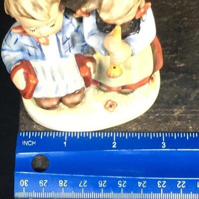 Lot 7: Hummels #150 2/0, #185, & 218/ 2/0