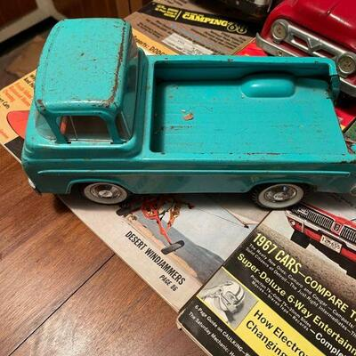Metal Ford Econoline Toy Truck