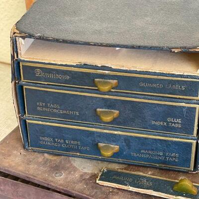 Lot 28 Vintage Collectible advertising Displays