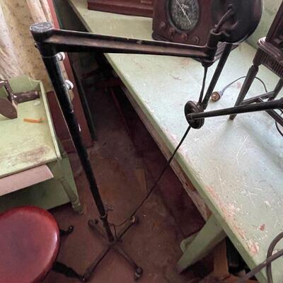 Articulated multi arm Industrial floor lamp