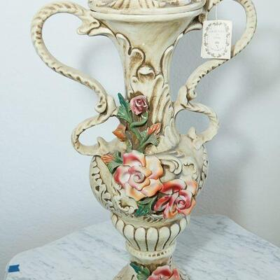 Capodimonte Florentine Double Handled Urn with Roses YD#022-0005