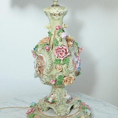 Pair of Vintage Galdi Italy Urn Base Table Lamps Capodimonte Styled YD#022-0011