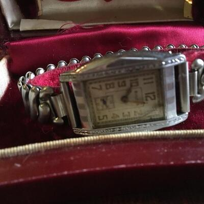 Mixed Vintage Watch Lot with Bulova, Timex and more