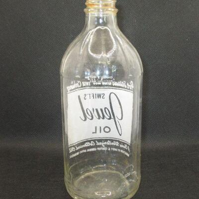 Lot 4 - 1945 Swift's Jewel Oil Glass Bottle 1 Pint