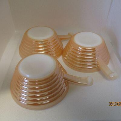 Lot 11 - 3 Fire King Peach Lustre Chili Bowls