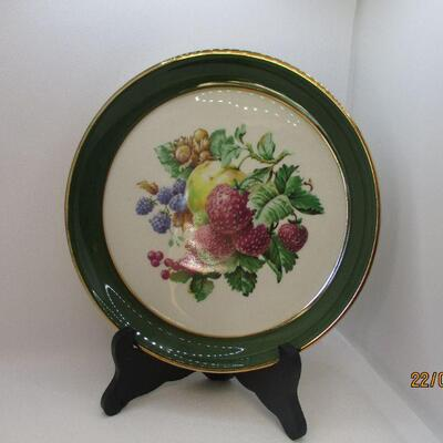 Lot 17 - (2) Hyalyn Fruit Plates Hickory NC