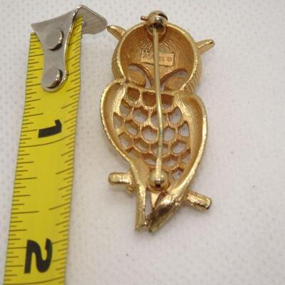 Gold Tone Ruby Red Eyed Hooter Owl Brooch, Hoot Hoot!