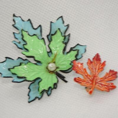 2 Fall Maple Leaf Pins, Brooches