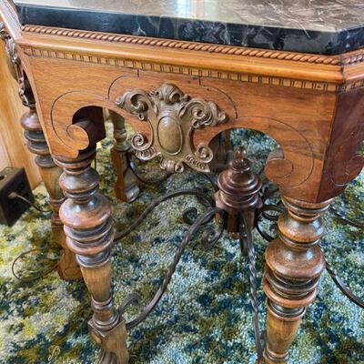 Mahogany Octagon Deer foot / Wrought octo Stretcher / Marble Top