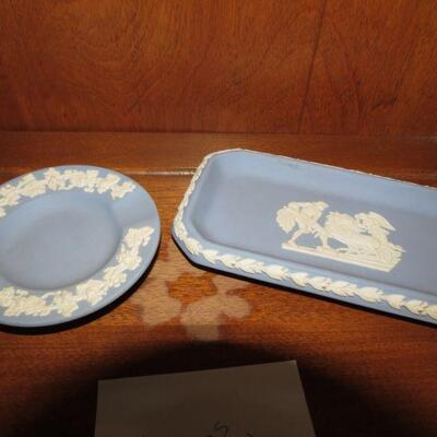 Two Pieces of Vintage Wedgewood Tray 6