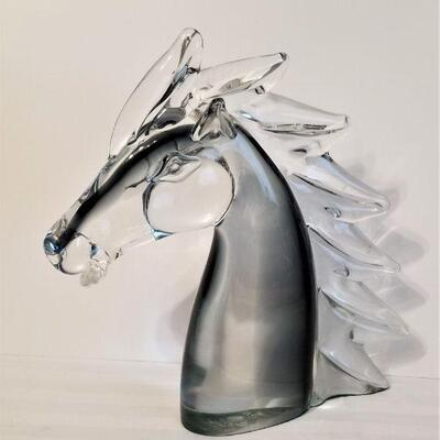 Lot #33 Cool Glass Sculpture of a Horse's Head