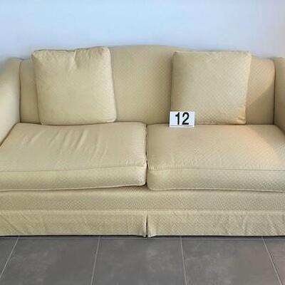 LOT#12D: Thomasville Sofa