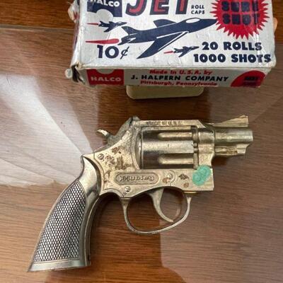 Hubley Trooper 38 Special cap gun