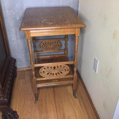 136 - Tiger Oak Side Table