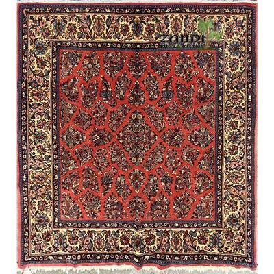 Persian Sarough Medallion design rug size 7'8''x7'2'' Retail $7417.5