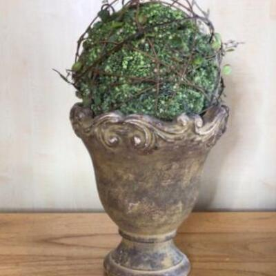 353 - Nice Ceramic Flower Pot