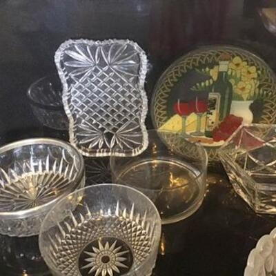 K113 - Lot of Various Glass Bowls