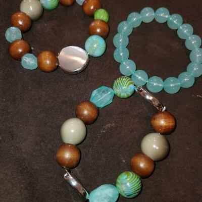 Teal and Brwin Braclet  Lot