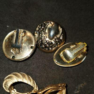 Vintage Gold Tone Lot