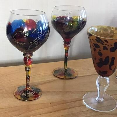 K128 - (4) Colorful & Unique Wine Glasses