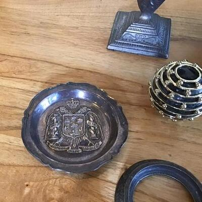K146 - Metalware Lot