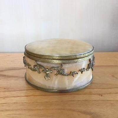 K154 - Round Marble Trinket/Jewelry Box w/ Brass Trim