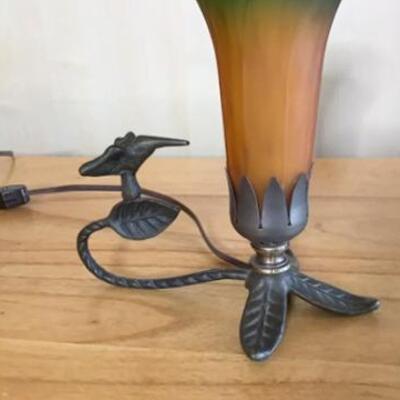 K182 - Hummingbird Glass Table Lamp