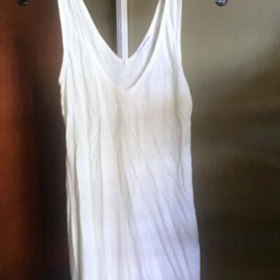 C118 - 6 Women's Tops - Some Sheer/Some Dressy Cami & Tank Styles