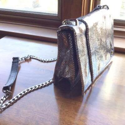 C124 - Very Nice Halston H Silver Mesh Shoulder or Crossbody Bag